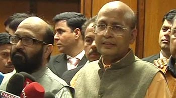 Video : Lokpal flip-flop: Lower bureaucracy out?