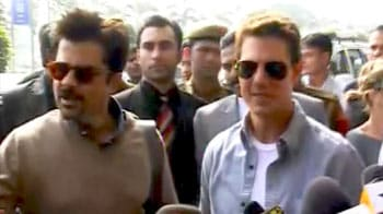 Video : Tom Cruise lands in India on <i>Mission Impossible 4</i>