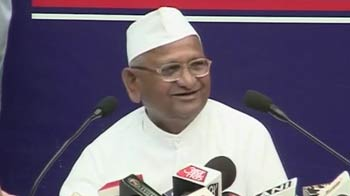Video : Lokpal row: Government is cheating the nation, says Anna