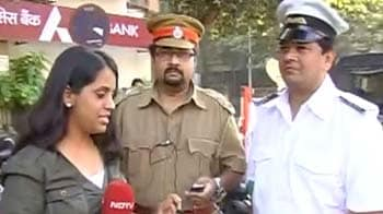 Video : Mumbaikars support Anna's Lokpal demands