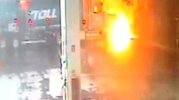 Video : Watch petrol tanker explodes into fireball