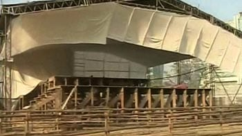 Video : Preparations on at MMRDA Ground for Anna's fast