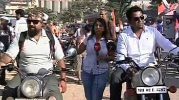 Video : Royal Enfield Bikers escort Anna