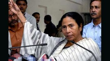 Video : Row over renaming Indira Bhavan: Congress working with CPM, says Mamata