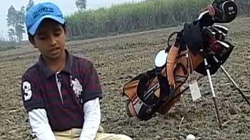 Video : Meet 'Golf da Dara Singh'