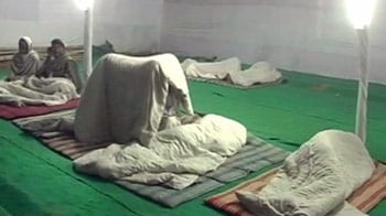 Video : Supreme Court to examine report on night shelters for poor today
