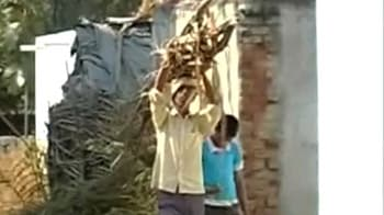 Video : Farmer suicides: To pay father's loan, children turn to bonded labour