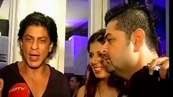 Video : Mrs Dabboo's public speaking lesson to SRK