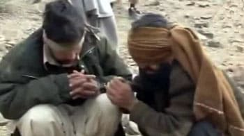 Video : Taliban video shows execution of Pak soldiers