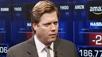 Video : Wall street focuses on Greece talks; RIM rejigs top management
