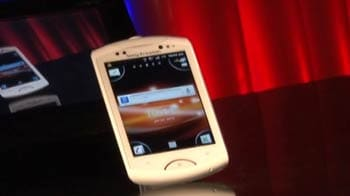Video : Review: Walkman Live - Sony Ericsson's last smartphone