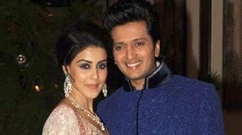 Video : Riteish, Genelia's grand sangeet