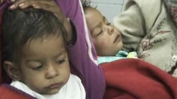 Video : Two babies found abandoned in Delhi