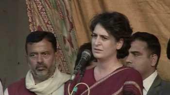 Video : Priyanka Gandhi campaigns in UP