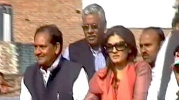 Videos : यूपी चुनाव : रवीना ने कांग्रेस के लिए मांगे वोट