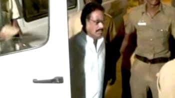 Video : शशिकला के पति नटराजन गिरफ्तार