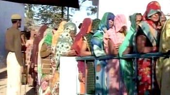 Videos : यूपी चुनाव : पांचवें दौर में 49 सीटों पर मतदान