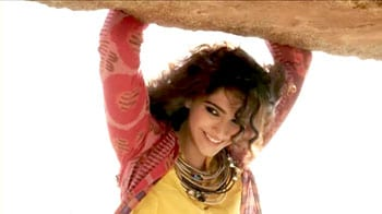 Video : Behind the scenes with fashionista Sonam Kapoor