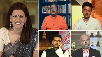 Video : Journalists assaulted and trapped: Return of lawlessness to UP?