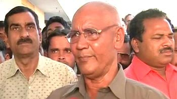 Video : Gave diamond to MP govt, got dustbin of ashes: Slain IPS officer's father to NDTV