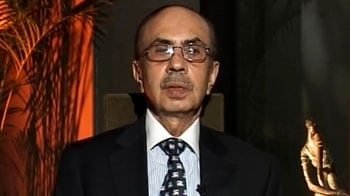 Video : Budget should focus on reforms, avoid tax hikes: Adi Godrej