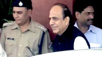 Video : Support rises for Dinesh Trivedi