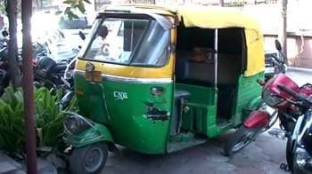 Video : Man killed in alleged road rage case, wine bottles in deserted car