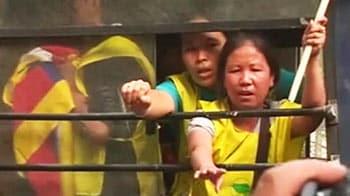 Video : China President's visit to Delhi provokes Tibetan protests