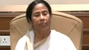 Video : Newspaper controversy handiwork of 'mischievous section', says Mamata