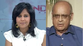 Video : General Singh's 14 crore bribe bomb: Has the Govt-Army Chief standoff eased?