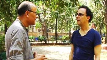 Video : Walk The Talk: Vidhu Vinod Chopra