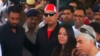 Video : Yuvraj Singh back in India after defeating cancer