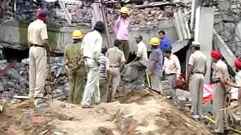 Video : Jalandhar building collapse: Death toll 6; many still trapped
