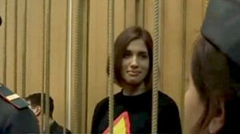 Video : Russian female band members jailed for mocking Putin