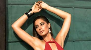 Video : Celebrate summers with trendy resort wear