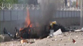 Video : Explosions rock Kabul after Obama leaves; US embassy sounds alarm