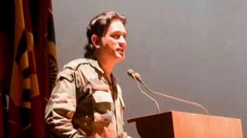 Video : In uniform, Lt Col Dhoni visits Chennai