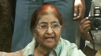 Video : Zakia Jafri gets copy of Gujarat riots case report