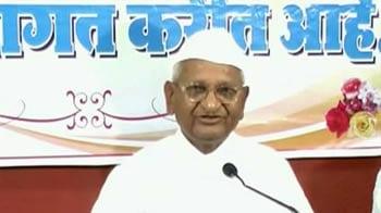 Video : Anna Hazare invites Army Chief to join anti-corruption campaign