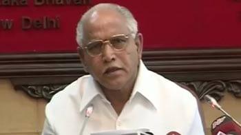 Video : Crisis in Karnataka BJP: Upset Yeddyurappa praises Sonia Gandhi