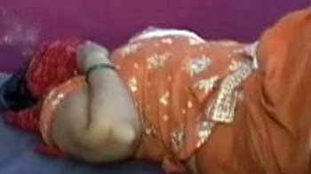 Video : Female foeticide: Woman doctor caught while she was allegedly aborting girl child in Haryana