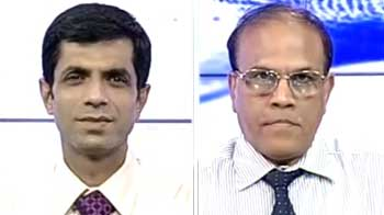 Video : Sell Unitech, look at other realty companies: experts