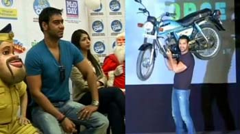 Video : Bollywood's original 'khiladi' out of 'Khatron Ke Khiladi'?