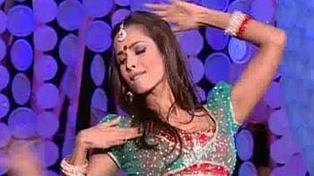 Video : Malaika dances to Anarkali Disco Chali at Greenathon 4