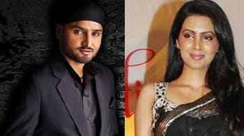 Harbhajan, Geeta Basra to marry in September?