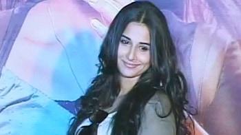 Video : Vidya still not open about relationship?