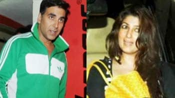 Video : Akshay and Twinkle's movie date