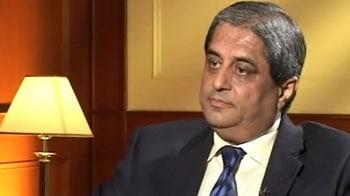 Video : RBI cannot alone help revive the sluggish economy: Aditya Puri