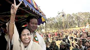 Video : Mamata magic works in civic polls, her party puts Congress on notice