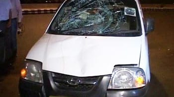 Video : Delhi cop run over by speeding car, killed on duty